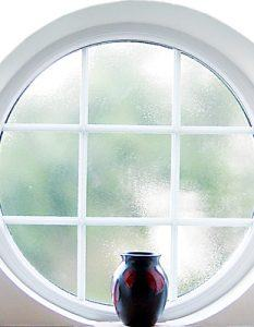 Round traditional window